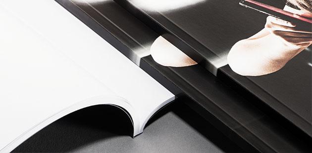 Brochures avec dos carré collé  à partir de 1 ex. (impression numérique)
